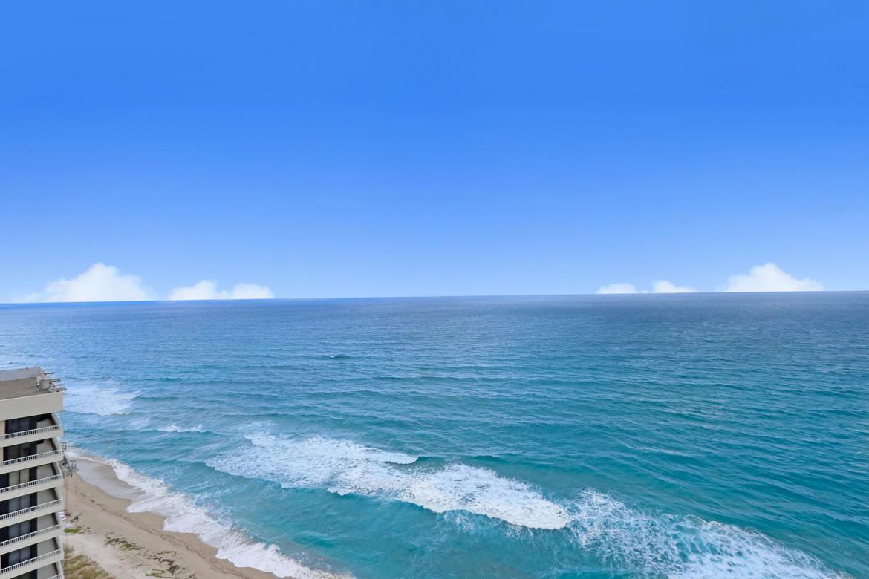 5200 Ocean Drive